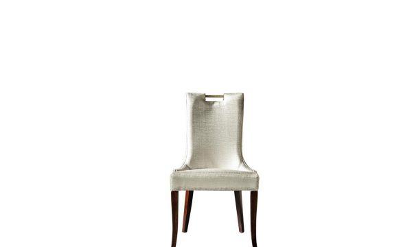 Rugiano Yemek masası sandalye modelimiz beyaz rengi ve ahşap ayak detaylarıyla sofralarınızın vazgeçilmezi olmaya Lucca ile geliyor.