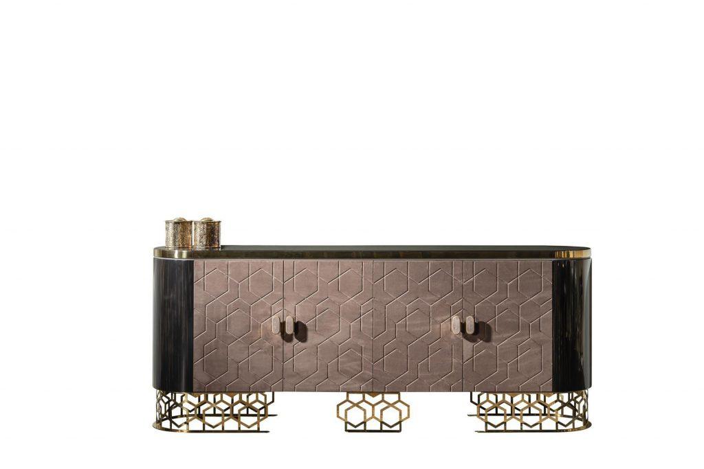 Gold Metal ayaklı Lüks Roma konsol modelimiz evinize şıklık ve lüks bir hava katmaya Lucca Luxury ile geliyor