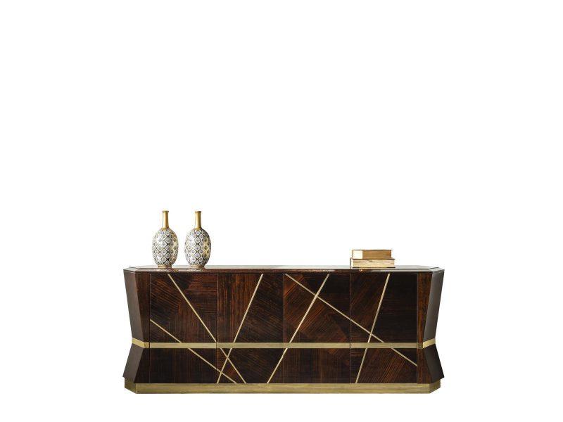 Lüks Rugiano Konsol modelimiz tasarımı ve gold metal detaylarıyla evinize şık bir hava katmaya Lucca Luxury ile geliyor..