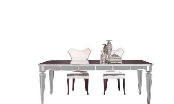 Chanel Lüks Yemek Masası 6 Kişilik modelimiz şık tasarımı, işlemeli ayak detaylarıyla sofralarınızın yıldızı olmaya Lucca Luxury ile geliyor.