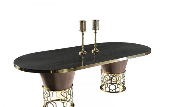 Roma Lüks Gold İşlemeli Yemek Masası modelimiz şık tasarımı ve gold metal detayları ve ahşabın buluşması ile evinize şıklık katmaya Lucca ile geliyor.