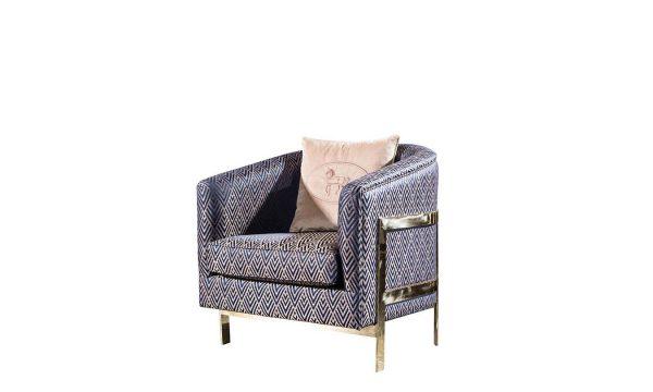 Lüks Başak berjer modelimiz şık tasarımı ve gold metal ayak detayları ile evinize uyum sağlayacak ürünümüz Lucca luxury'de sizi bekliyor.